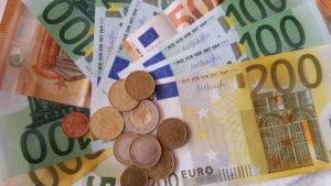 Geld für Finanzierung